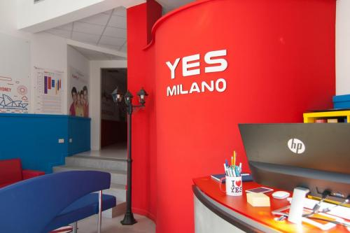 yes_milano_hall_3